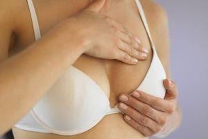 Шелушение груди