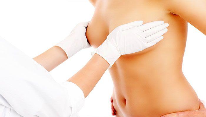 Пальпация и визуальный осмотр молочных желез - первоочередные диагностические процедуры